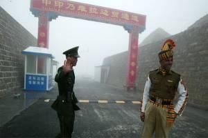 Masih Tegang dengan India di Kashmir, China Sahkan Undang-undang Perbatasan Baru