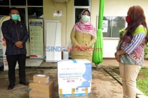 Jamkrindo Serahkan Bantuan APD untuk RSUD Depok