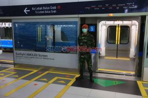 Jelang New Normal, TNI Jaga Stasiun MRT