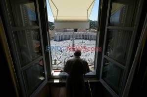 Pimpin Misa di Vatikan, Paus Nyatakan Manusia Lebih Penting dari Ekonomi