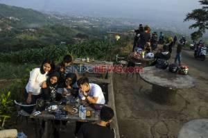 New Normal, Kawasan Caringin Tilu Bandung Ramai Pengunjung