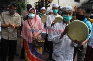 Pasien Sembuh Covid-19 di Malang Disambut Meriah Warga