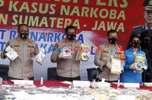 Polisi Gagalkan Peredaran Ratusan Kilogram Sabu dan Ganja Jaringan Sumatera-Jawa