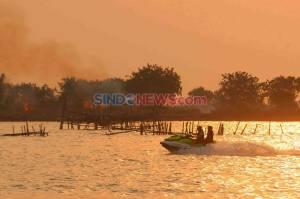 Berburu Eksotisme Senja di Pantai Marina Semarang