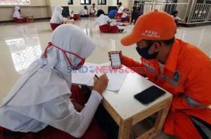 Keren Sekali, Petugas PPSU Duri Pulo Sediakan Wifi Gratis untuk Belajar Online