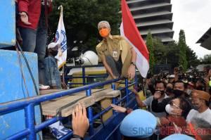 Gubernur Jateng, Kapolda dan Pangdam Temui Buruh Demo Tolak UU Cipta Kerja