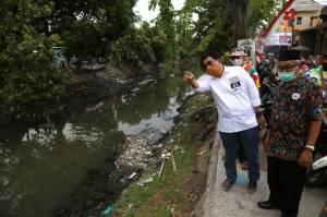 Sapa Warga Kampung Kapas Jaya, Cawalkot Surabaya Machfud Arifin Janji Normalisasi Sungai