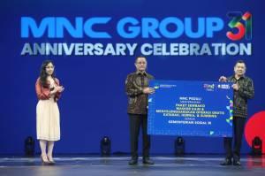 Rayakan HUT Ke-31 MNC Group, HT Serahkan Bantuan MNC Peduli kepada Kementerian Sosial