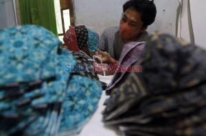 Masker Motif Batik Makin Diminati