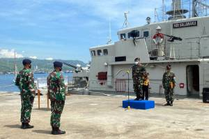 Mayor Laut (P) Wisnu Pryangga Ndarumulya Resmi Jabat Komandan KRI Salawaku-842