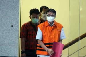 KPK Tahan Eks Direktur Teknik Garuda Indonesia Hadinoto Soedigno