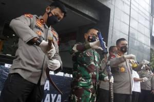 Diserang dengan Senjata, Polisi Tembak Mati 6 Orang Diduga Anggota FPI