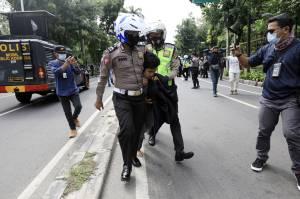 Polisi Amankan Sejumlah Peserta Aksi 1812