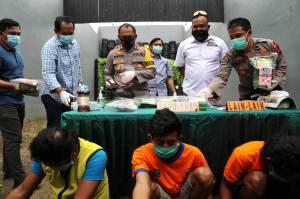 Satreskoba Polrestabes Surabaya Amankan 8 Kg Sabu Jaringan Jawa-Sumatra