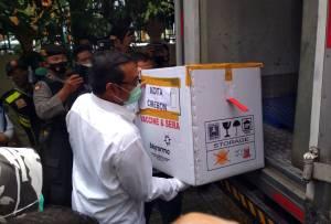 Ribuan Vial Vaksin Tiba di Cirebon, Tenaga Kesehatan Jadi Prioritas