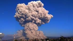 Kembali Erupsi, Gunung Sinabung Luncurkan Awan Panas Sejauh 4.500 Meter