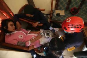 Rumah Kampung Padat Penduduk di Surabaya Terbakar