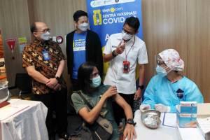 Menparekraf Sandiaga Uno Resmikan Sentra Vaksinasi Covid-19