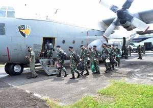 TNI Kirim Alkes dan Nakes ke Kalimantan dan Sulawesi