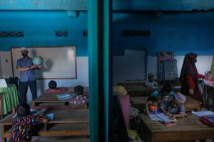 Istiqamah Cerdaskan Anak-anak di Utara Makassar