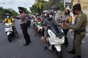 Sosialisasi Penerapan Ganjil Genap di Sanur Bali