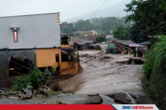 Tiga Orang Dikabarkan Hilang Terseret Banjir Bandang Sukabumi