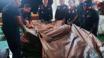 Petugas Temukan Tangga Darurat Pesawat Sriwijaya Air yang Hilang