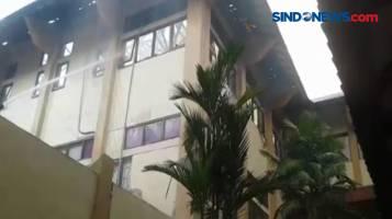 Kebakaran Kampus UII Yogyakarta, 7 Mobil Damkar Dikerahkan