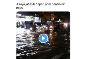 Diguyur Hujan Deras, Rawalumbu Bekasi Masih Terendam Banjir