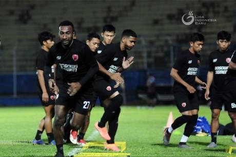 Jelang Perempat Final, Pelatih PSM Makassar Fokus Tingkatkan Stamina Pemain