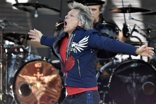 Gara-Gara Covid-19, Bon Jovi Batalkan Tur Bareng Bryan Adams