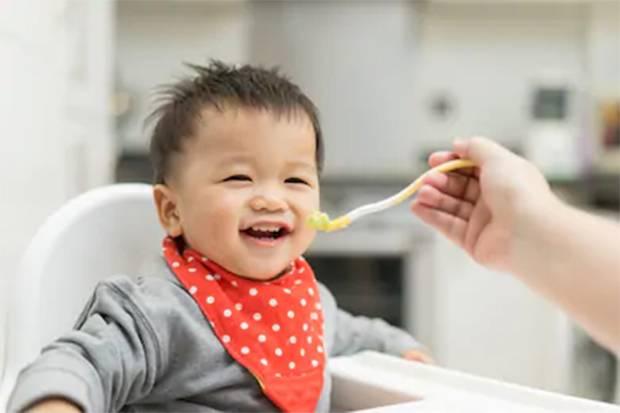 Aturan Pemberian MPASI Anak agar Tumbuh Kembangnya Optimal