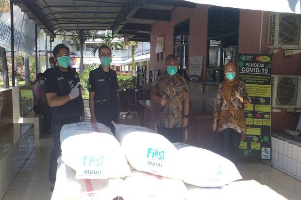 First Media Peduli Tenaga Medis di Medan dan 9 Kota Lainnya