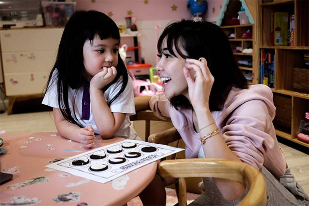Gisel Anastasia Ajak Orangtua Kolaborasi dengan Guru dalam Virtual Schooling