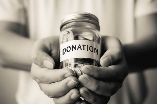 AIA Salurkan Donasi #Sehatuntukbersama Melalui Baznas dan AAJI