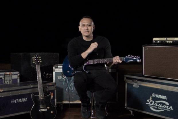 "Lewat ""Guitar Lesson"" Andra Ramadhan Kupas Lagu Cukup Siti Nurbaya"