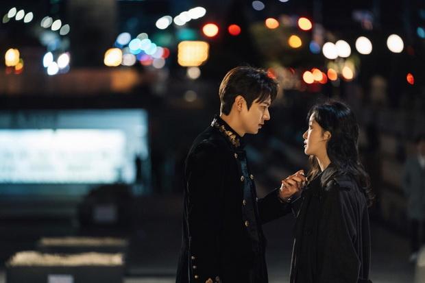 8 Drama Korea Ini Menyajikan Kisah Cinta yang Unik