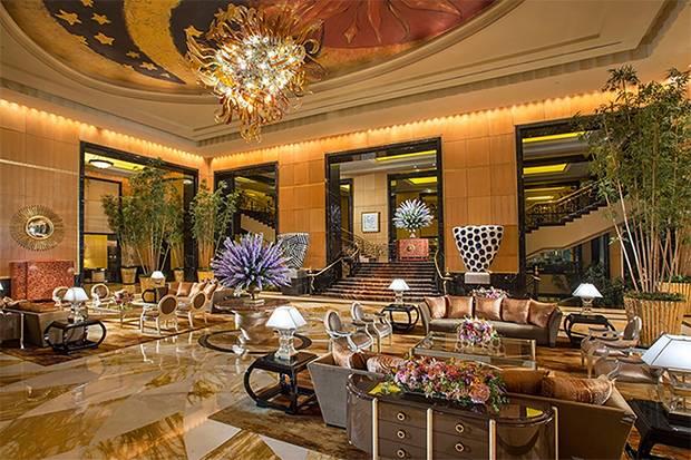 The Suites at Hotel Mulia Raih Penghargaan Travelers' Choice 2020