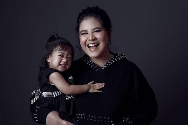 Langsung Beri ASI Anak Kedua, Kahiyang Ayu Harus Diberi Jempol