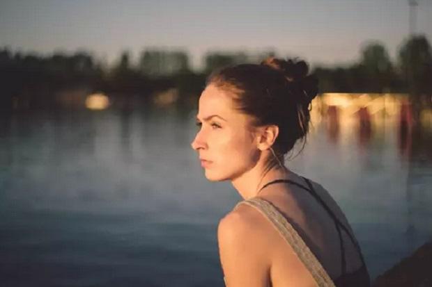 3 Kata yang Tak Boleh Diungkap pada Wanita Lajang