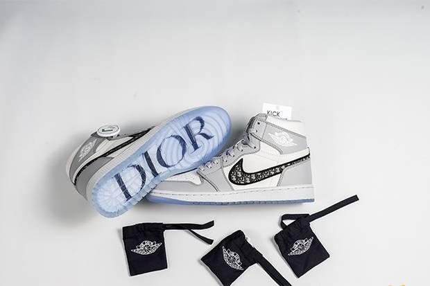 Air Jordan 1 OG Dior, Kolaborasi Sneakers dengan Label High Fashion Seharga Ratusan Juta