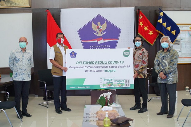Deltomed Donasikan 300.000 Kaplet Imugard ke Satgas Covid-19