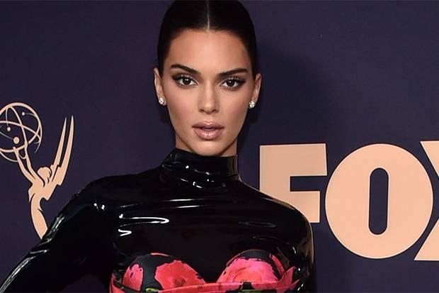 Mengaku Pecandu Ganja, Kendall Jenner: Tak Ada yang Tahu Ini