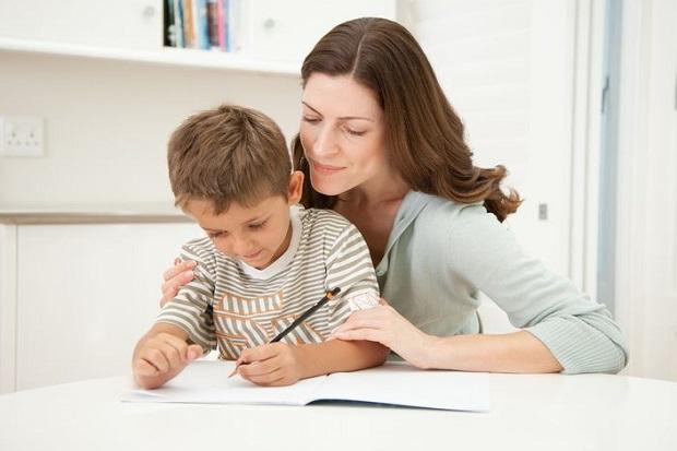 4 Hal yang Perlu Anda Ajarkan pada Anak dengan Memberi Contoh