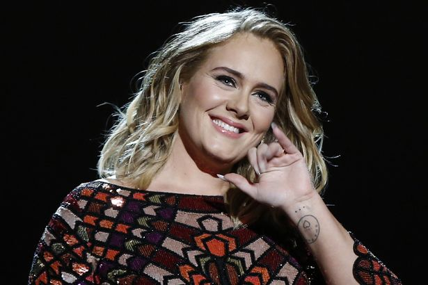 Dikabarkan Pacaran dengan Skepta, Adele Mengaku Masih Sendiri