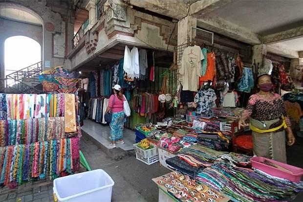 Pedagang Pasar Ubud Berharap Wisata Bali Normal Lagi