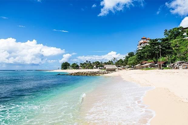 5 Pantai Terindah dan Terdamai Indonesia Menurut Susi Pudjiastuti