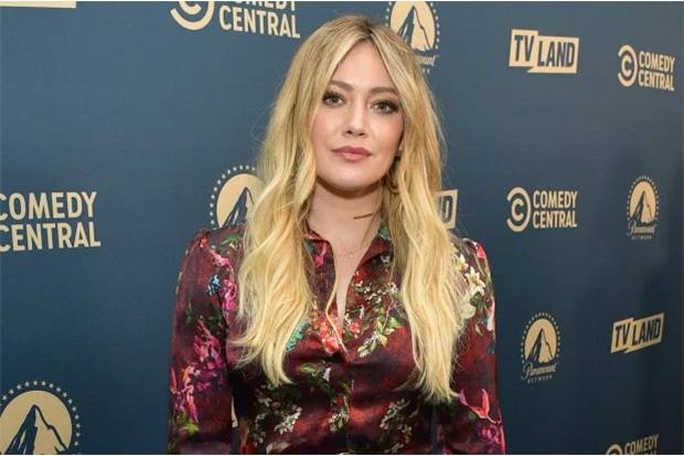 Hamil Anak Ketiga, Hilary Duff Terpapar COVID-19