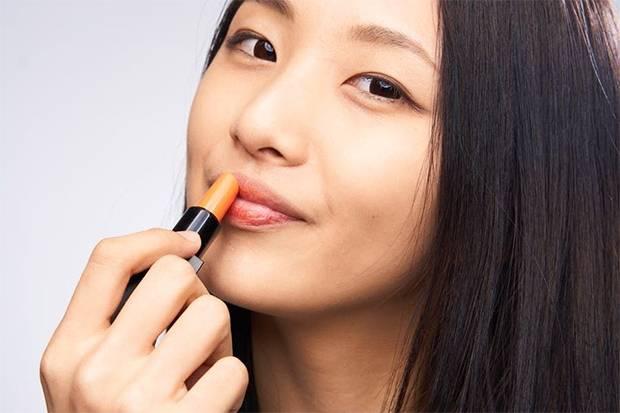 Selama Pandemi, Lipstik Lokal Tetap Jadi Favorit Wanita
