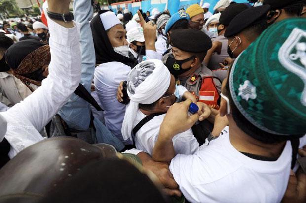 #IndonesiaHumanRightsSOS Sambut Pembubaran Aksi 1812 di Istana Negara